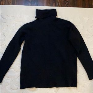 Black Calvin Klein Turtleneck Sweater - size M